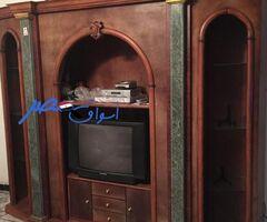 مكتبة  تلفزيون بحالة جديدة و شيك للبيع