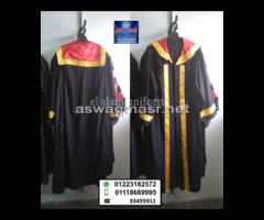 (graduation gown (01118689995